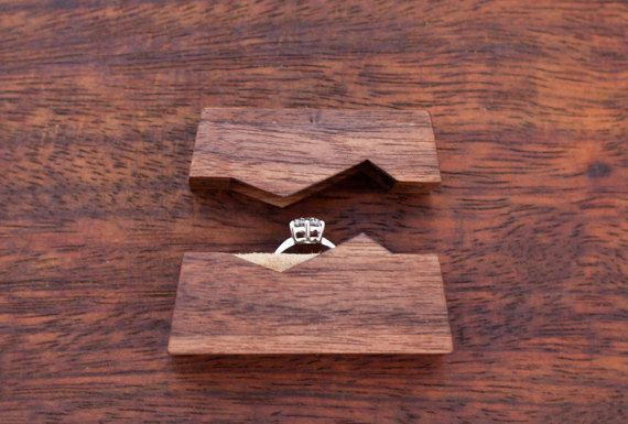 Mariage - Wood Working/carving