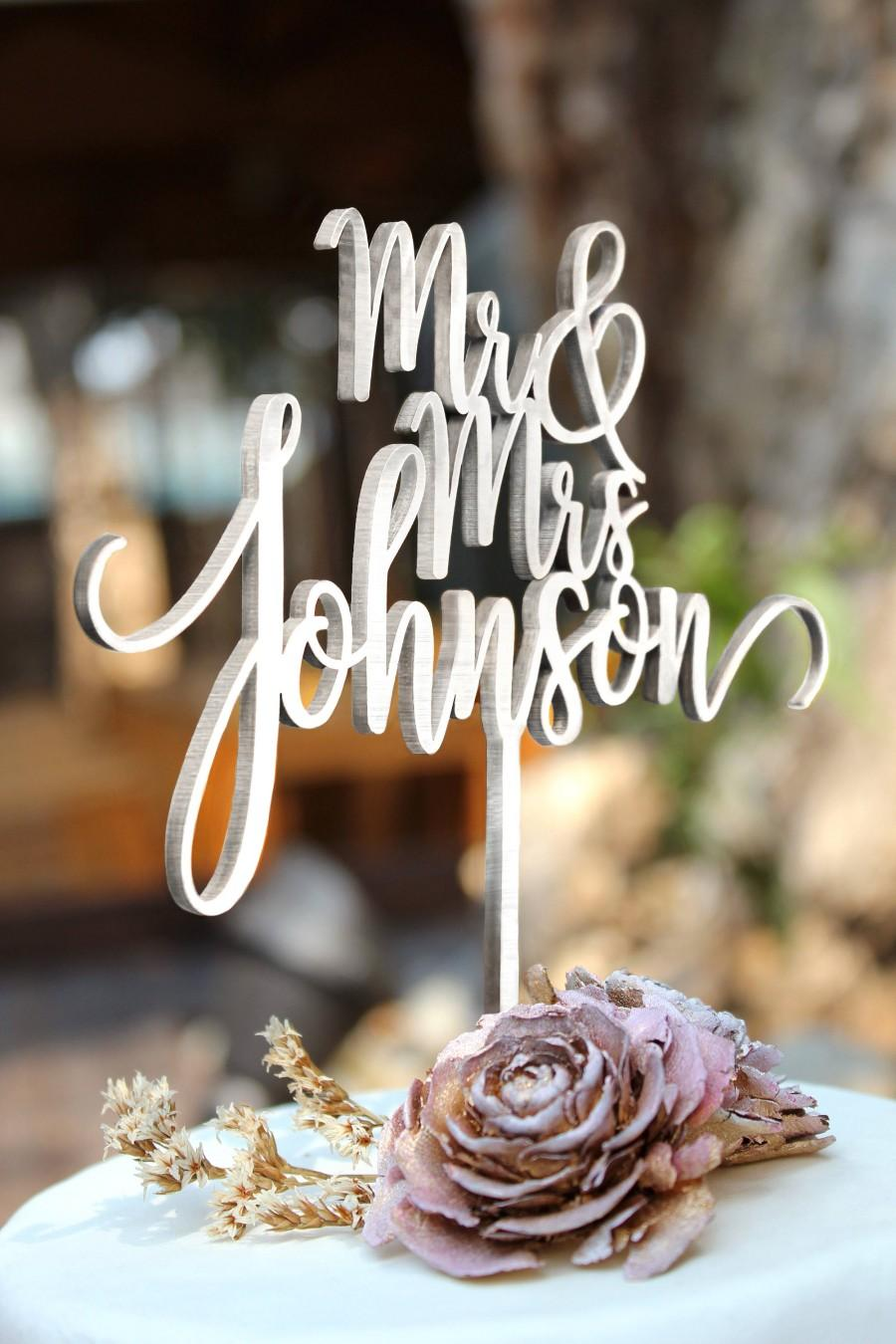 Mariage - Personalized Cake Topper for Wedding, Custom Personalized Wedding Cake Topper, Customized Wedding Cake Topper, Mr and Mrs Cake Topper 29