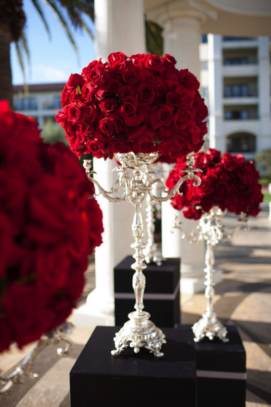 Shades Of Red Wedding Ideas And Inspiration 2817341 Weddbook