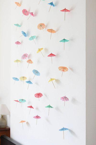Mariage - DIY Decor: How To Make A Paper Umbrella Garland