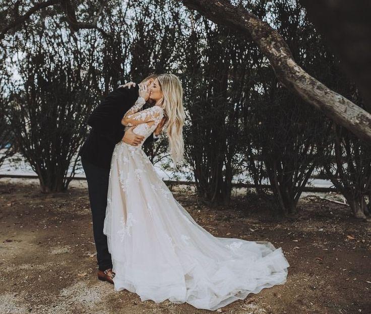 Wedding - M O N  A M O U R