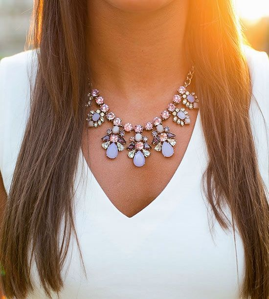 Mariage - 7 Tips For Wearing A Statement Necklaces ...