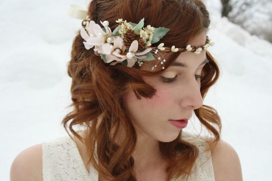 Hochzeit - Bridal  pastel flower crown Rustic bridal tiara boho hair vine dried flower halo pinecone wreath Woodland wedding crown bridal circlet LIlLY