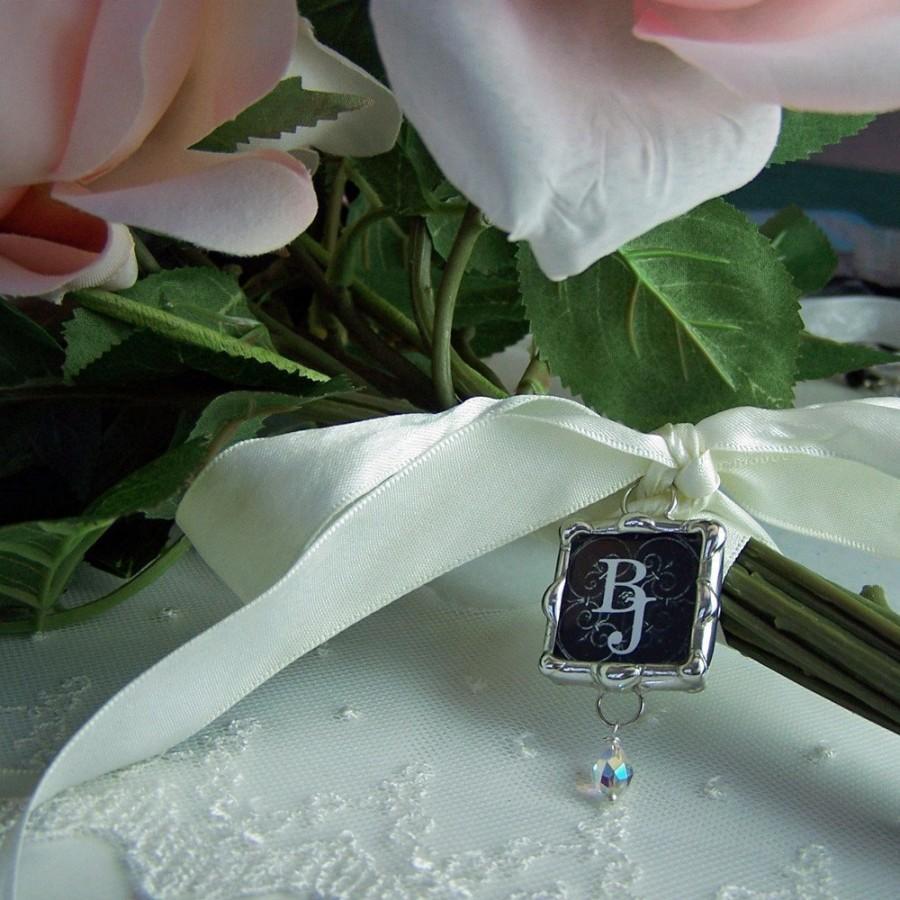 Mariage - Picture Bouquet Charm or Monogram Charm, Wedding Memorial Charm, Bridal Photo Pendant