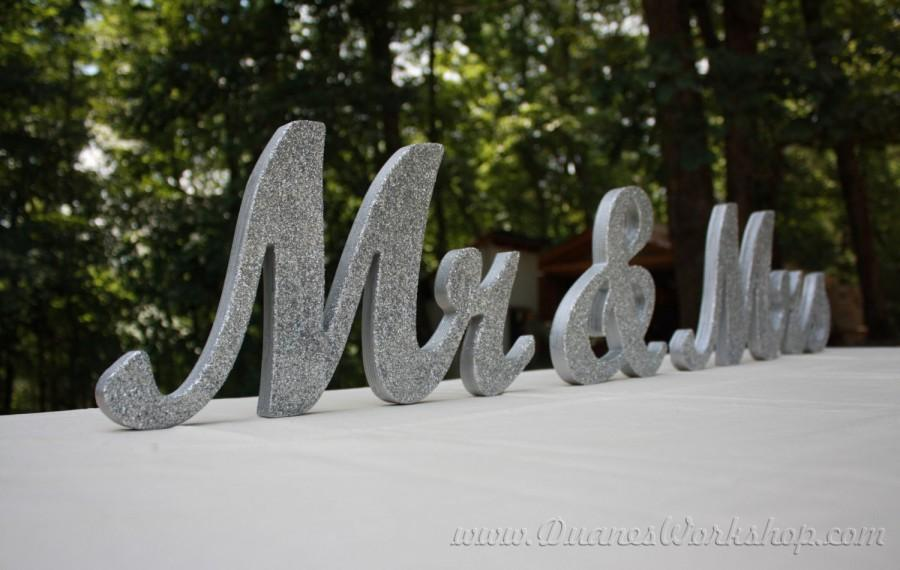 """Mariage - 8"""" Wooden Mr and Mrs sign, Gold and Silver Glitter, Wedding Decor, Wedding, Mr & Mrs"""