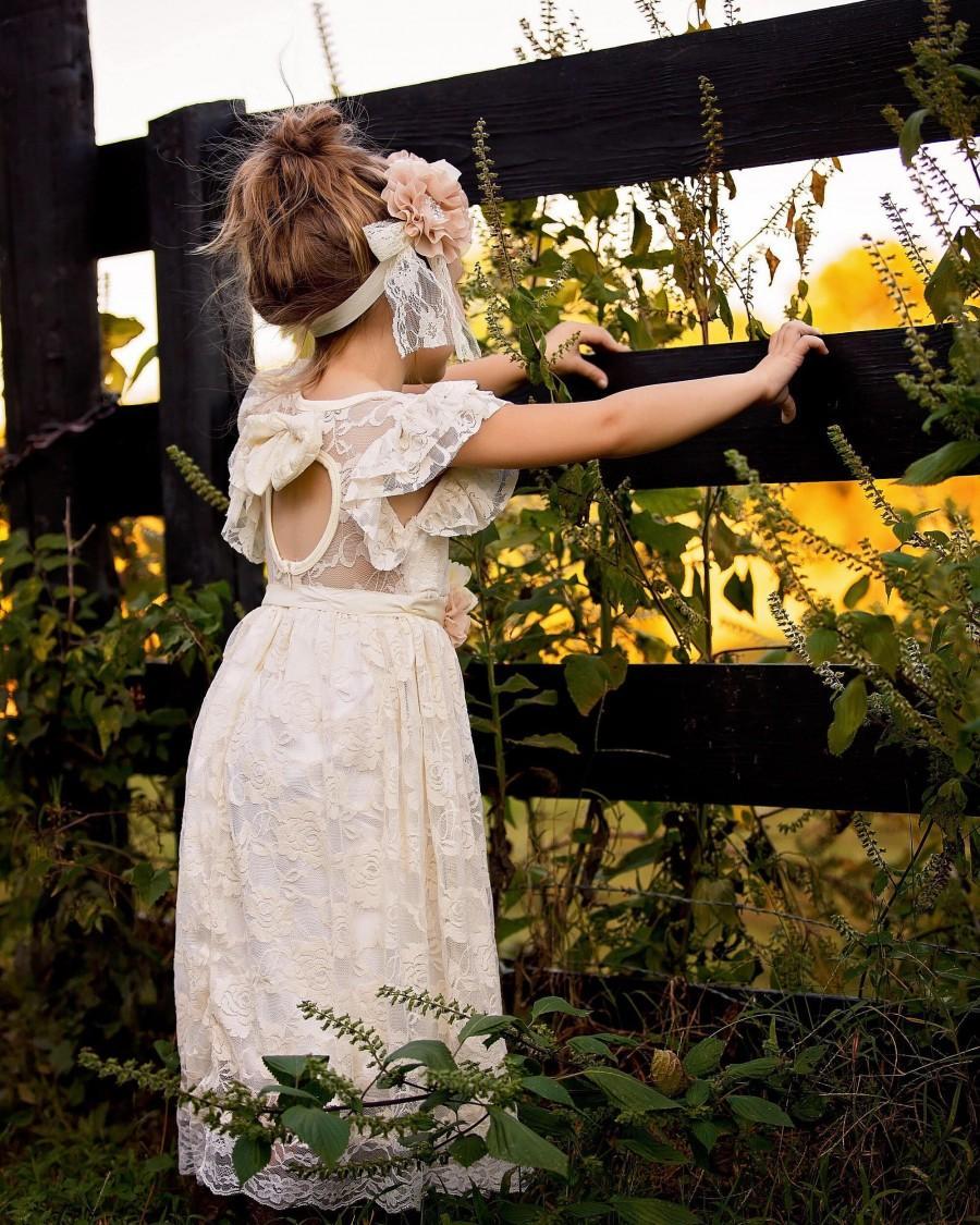 Mariage - boho flower girl dress, lace flower girl dress, rustic flower girl dress, shabby chic flower girl dress, country flower girl dress