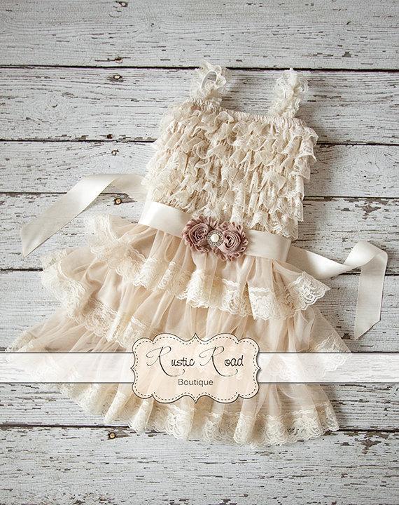 زفاف - Flower Girl Dress, Rustic Country Flower Girl Dress, Baby Girl Vintage Dresses, Ivory Flowergirl Dress, Lace Ruffle Dress CHOOSE SASH COLOR