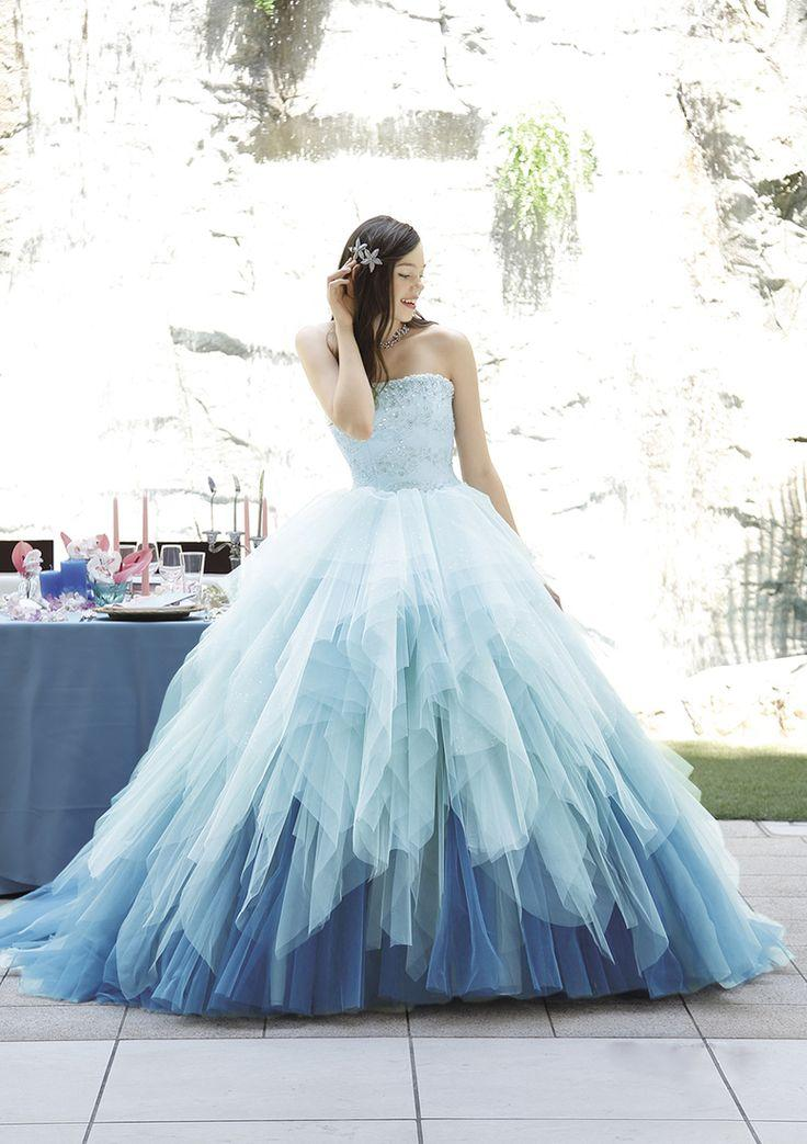 Свадьба - Catch The Spring Breeze! 20 Colored Wedding Dress For Spring Brides!