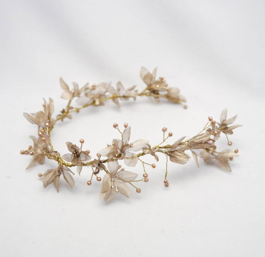 Mariage - Gold Floral Wedding Hair Vine of Flowers and Beads, Rustic Woodland Wedding Hair Halo Flower Crown Boho Wedding Bridal Hair Wreath