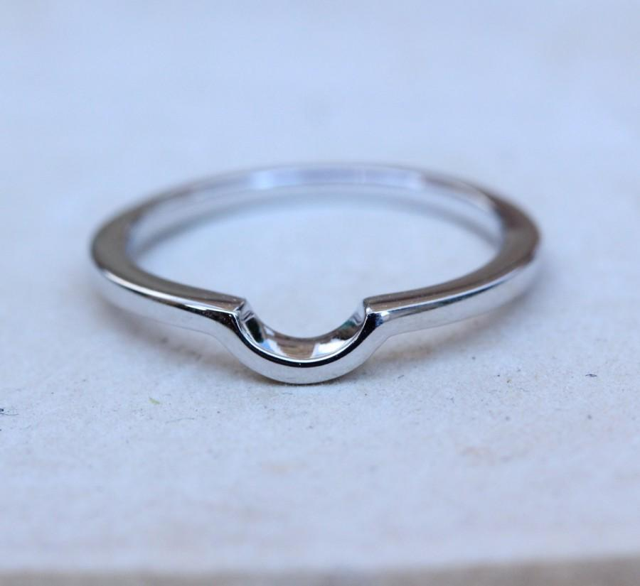 Свадьба - Curved wedding ring band - Available in Sterling Silver and White Gold Filled - Handmade
