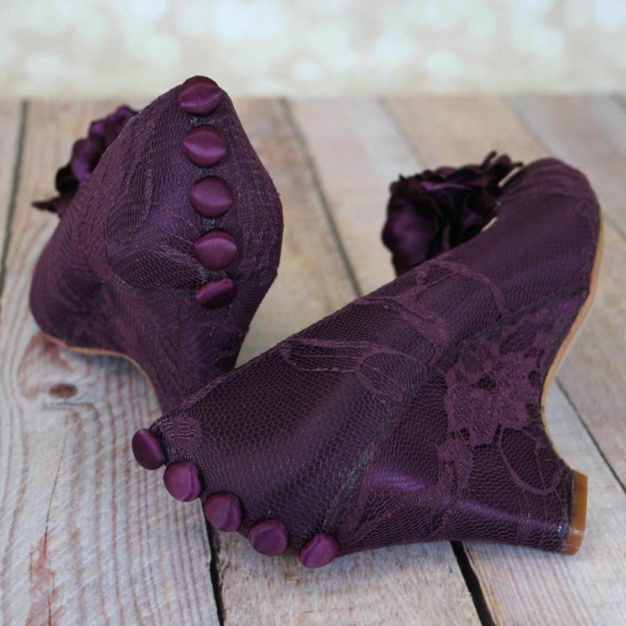 Свадьба - Custom Wedding Shoes -- Aubergine Peeptoe Wedges with Aubergine Buttons and Flowers on Toe