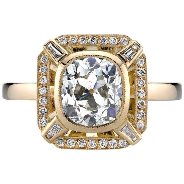 زفاف - Yellow Gold EGL Certified Cushion Cut Diamond Engagement Ring