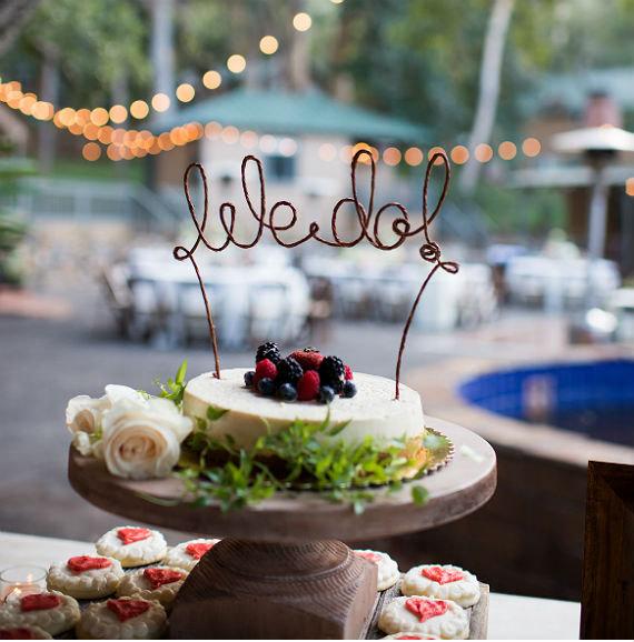 Mariage - WE DO Wedding Cake Topper, Rustic Wedding Cake Decoration, Wedding Centerpiece, Bridal Shower, Anniversary, Engagement Party Decoration