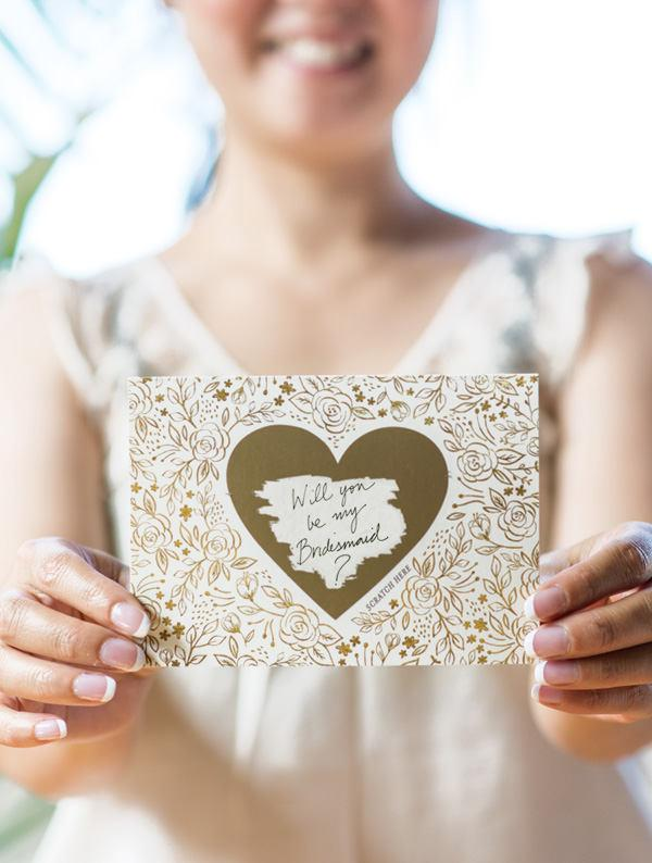 Свадьба - Floral No. 8 - Will You Be My Bridesmaid Scratch Off Card Heart Gold