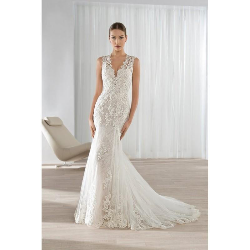 Style 595 By Illusions By Demetrios V Neck Lacetulle