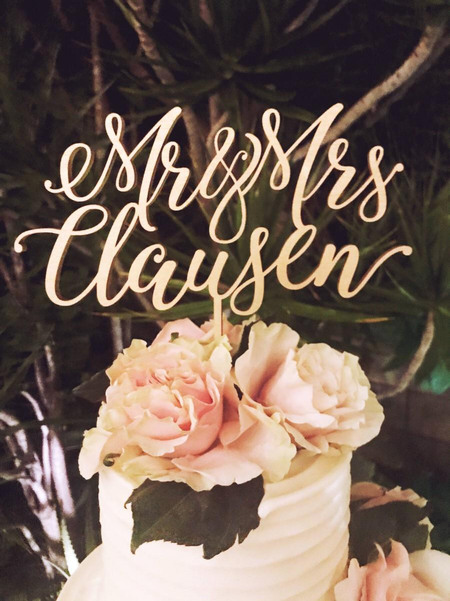 Mariage - Mr& Mrs Wedding Cake Topper with Last Name