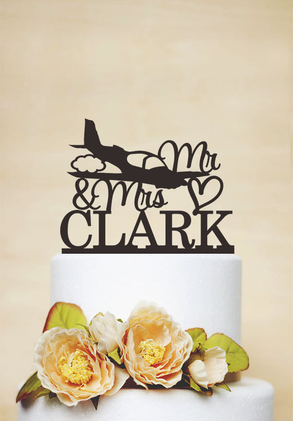Mariage - Airplane Cake Topper,Mr and Mrs Wedding Cake Topper,Personalized With Last Name, Custom Cake Topper, Pilot Cake Topper,Acrylic Topper C143