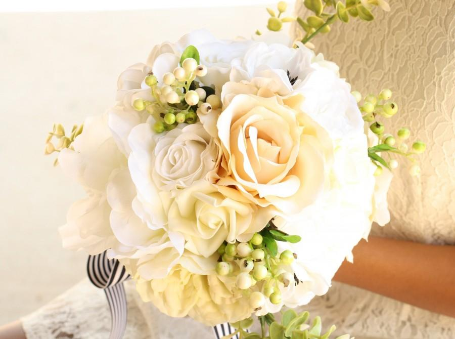 Mariage - White, Ivory and Champagne Handmade Keepsake Bridal Bouquet, Roses and Anemones