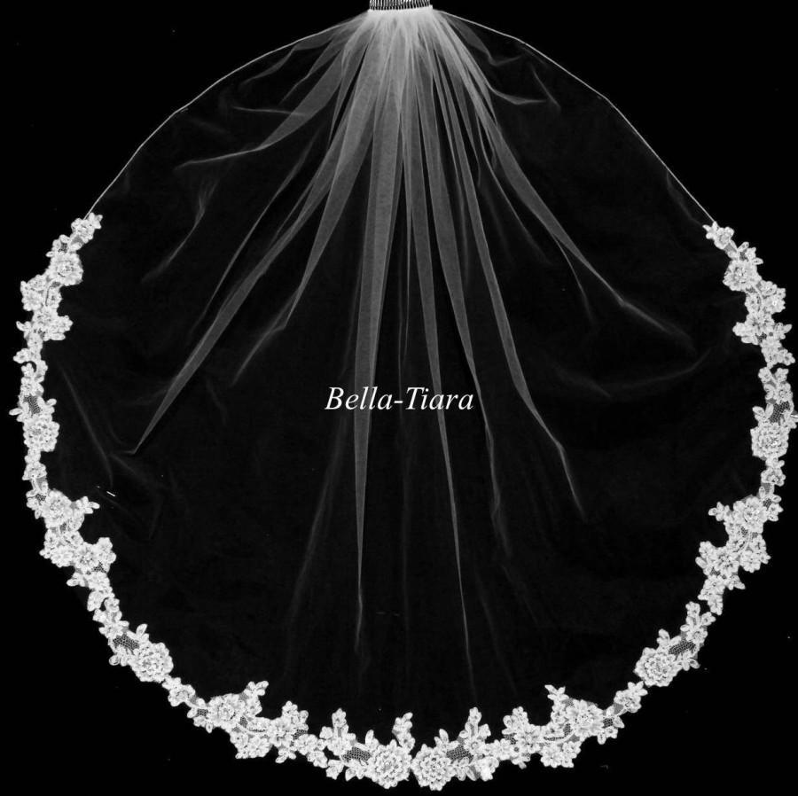 Mariage - FREE SHIPPING, lace wedding veil, lace veil, ivory lace veil, vintage lace bridal veil, beaded lace veil, romantic veil