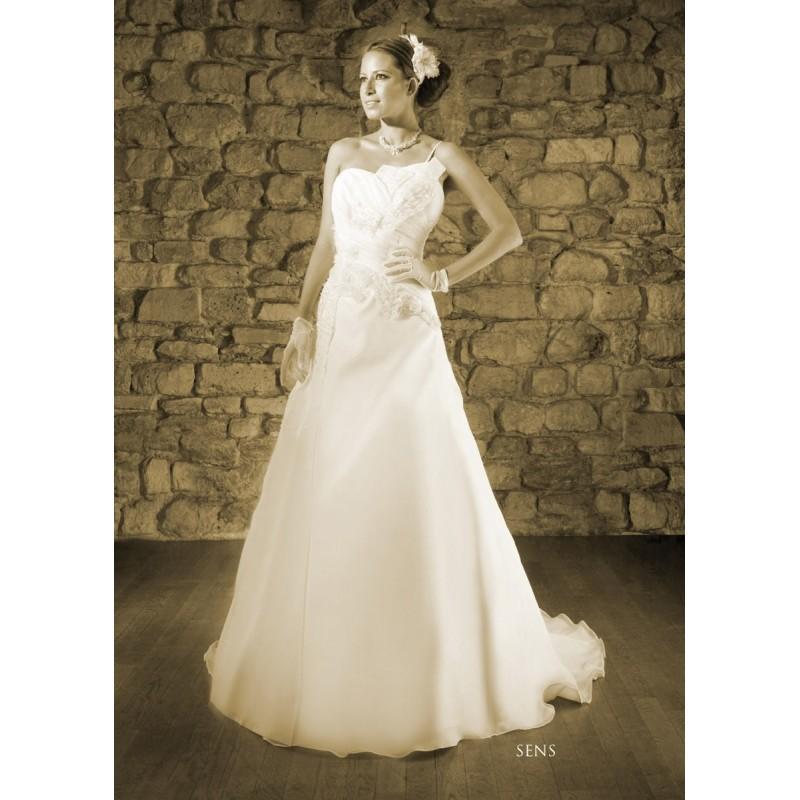 Mariage - Paris Pondichery by Priam, Sens - Superbes robes de mariée pas cher