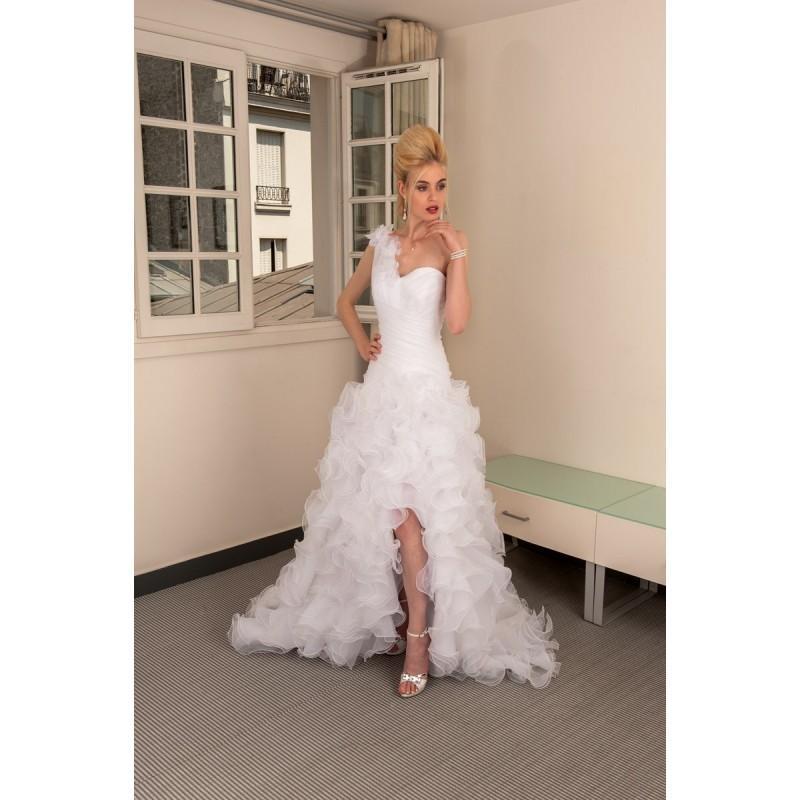 Wedding - Anita Jakobson, Marbella - Superbes robes de mariée pas cher