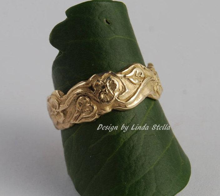 Mariage - Wedding Band Flower Garden 14K Gold, 7mm or 5mm leaves flowers all around curvy edge ring women's