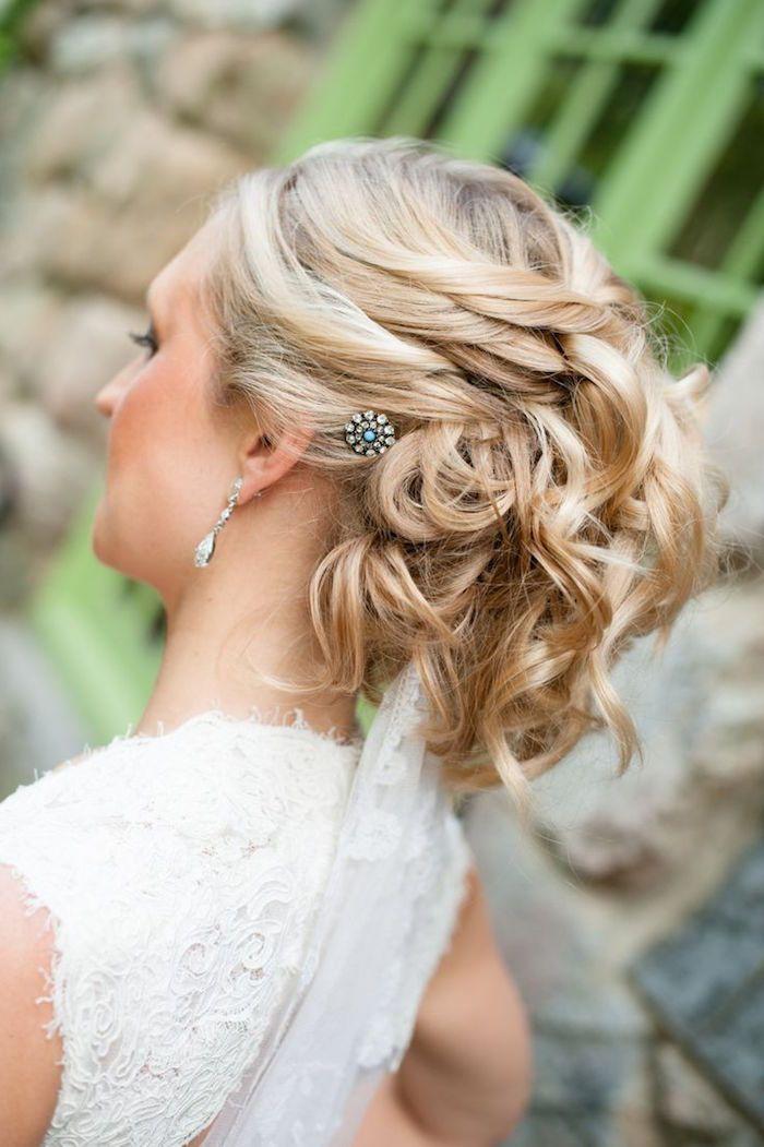 زفاف - Wedding Hairstyle With Adorable Details