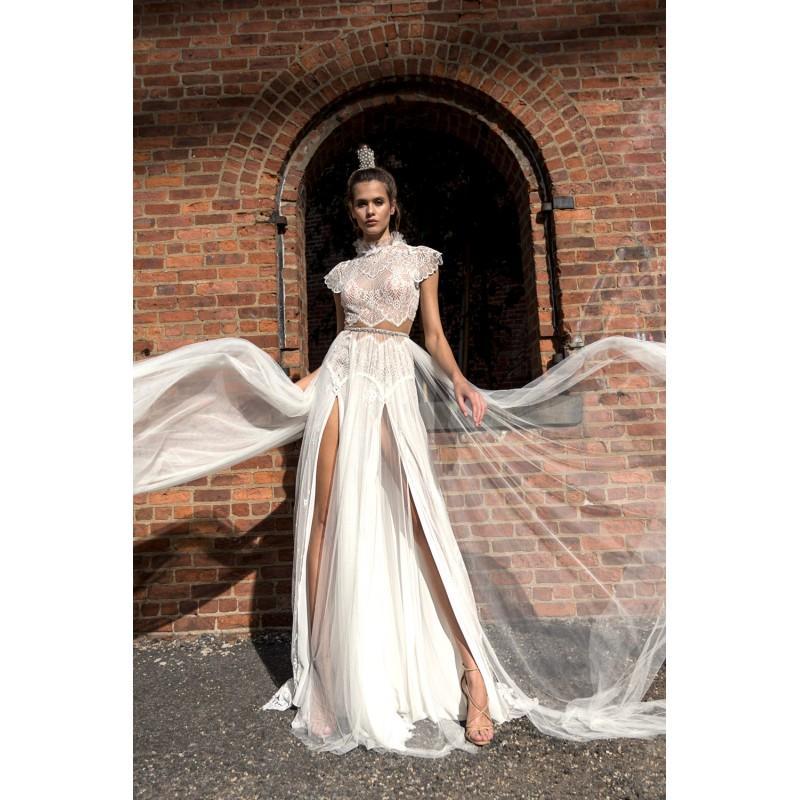 e06f3641f78b8 Solo Merav 2018 Sayuri Aline Cap Sleeves Split Chapel Train High Neck White  Keyhole Back Lace Beading Beach Summer Bridal Gown - Crazy Sale Bridal  Dresses