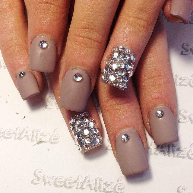 40 Best Winter Acrylic Nails For 2017 Trending Winter Nail Art