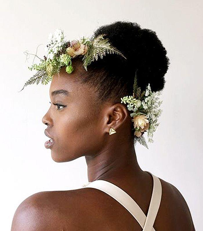 8 Natural Hairstyles For Weddings Curly Girls Will Love 2827818