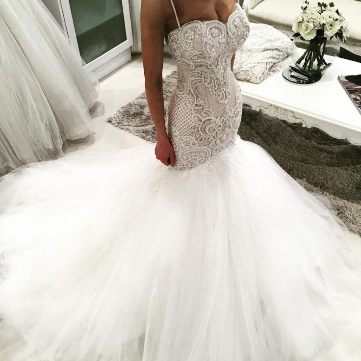 Свадьба - Beautiful Wedding Dresses Would Look Glamorous On All Sorts Of Brides-To-Be