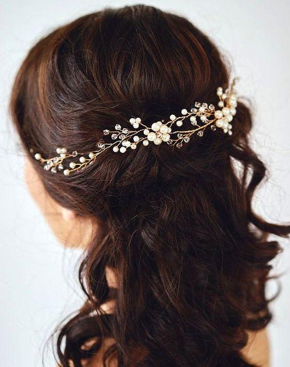 Mariage - Pearls Hair vine Wedding Hairvine Bridal hairpiece Ivory Hair Vine Hair Clips Wedding Hair Accessories Bridal Gold Hair Clip Crystal