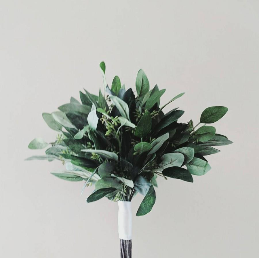 Свадьба - Eucalyptus Wedding Bouquet, Silk Wedding Bouquets, Faux Seeded Eucalyptus, Greenery bouquets, Wedding Greenery, Artificial Greens, Green