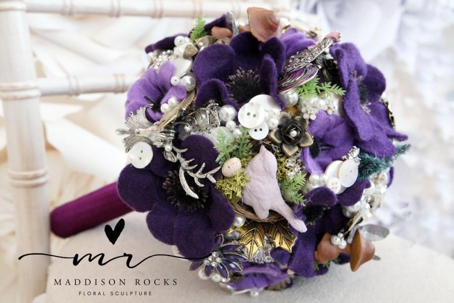 Свадьба - Felt flower button brooch bouquet, Alternative bouquet, woodland wedding, bouquet, wiccan handfasting pagan wedding, bouquet, floral flower