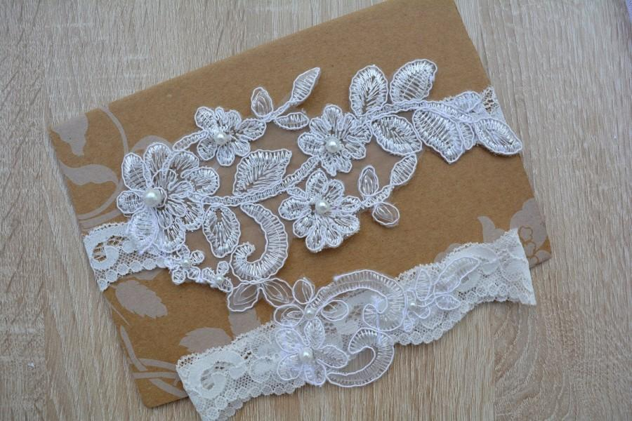 Wedding - Off White Garter, Wedding Garter, Bridal Garter Set, Garter Set, Wedding Lingerie, Lace Garter, Wedding Gift, Garter Bridal White, Garters