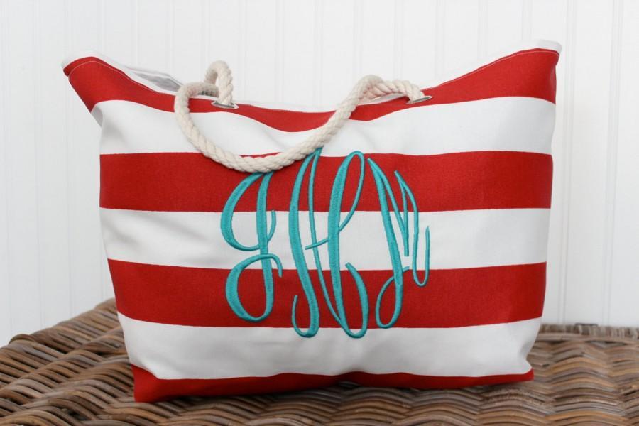 Свадьба - Monogrammed Beach Bag, Bridal Gift, Monogrammed Tote, Beach Bag Personalized, Bridal Party, Beach Bag, Beach Tote, Bridesmaid Gift