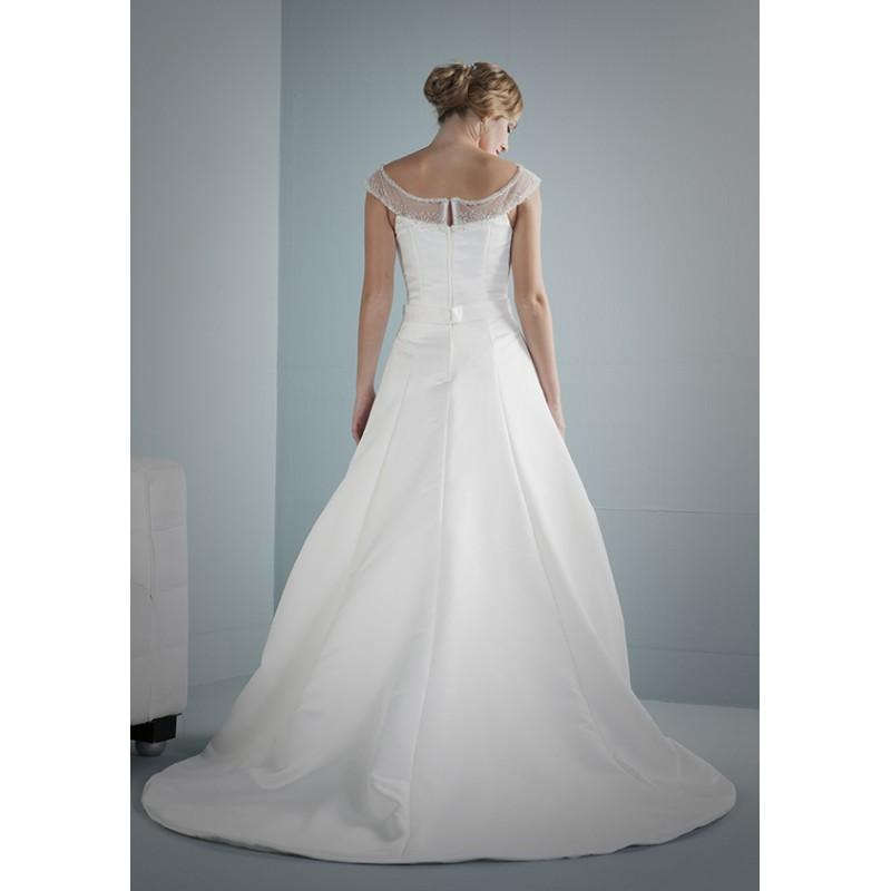 Hochzeit - romantica-purebridal-2014-breezy-back - Royal Bride Dress from UK - Large Bridalwear Retailer