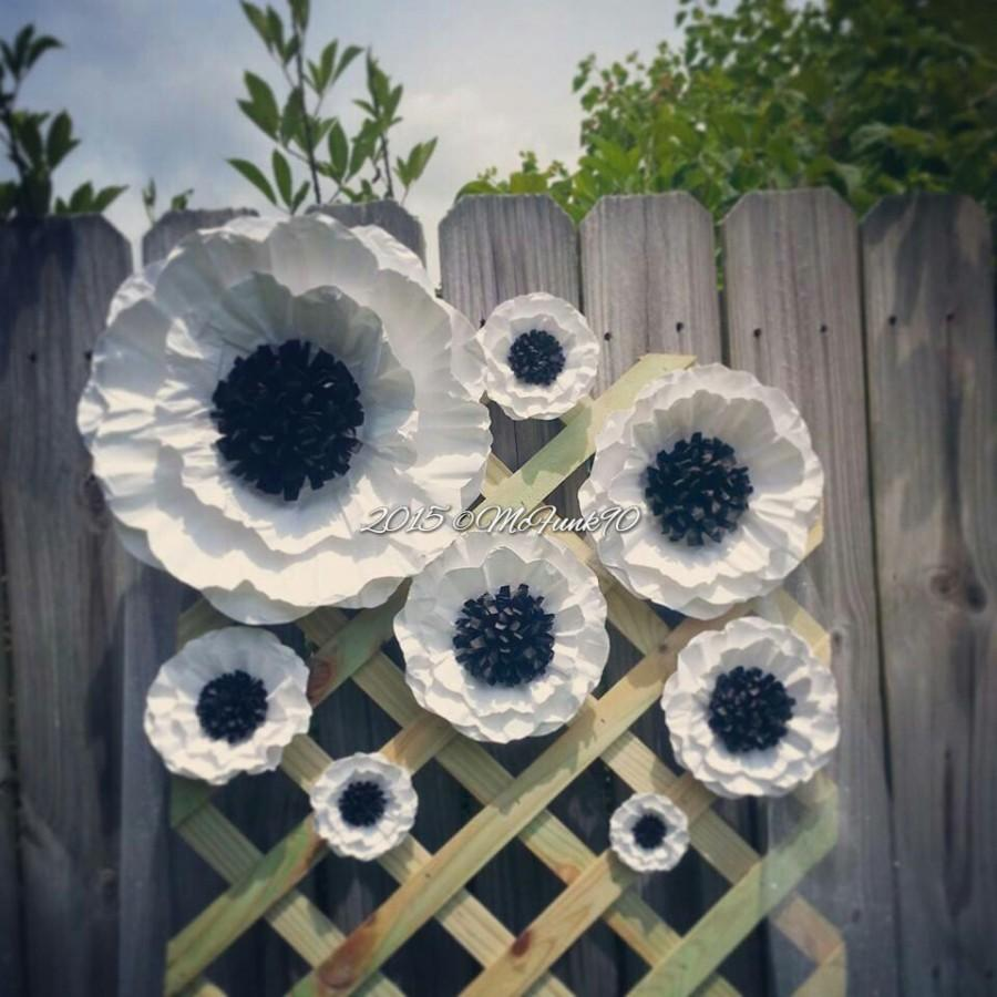 Mariage - Weddings Handmade Large Paper Poppies 3 to 14 Inches Color of your Choice