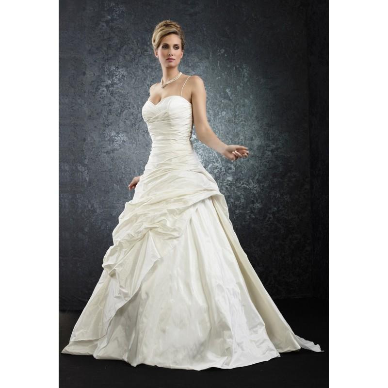 Wedding - Pia Benelli Prestige, Penny ecrue - Superbes robes de mariée pas cher
