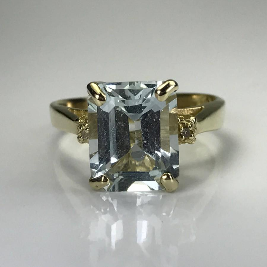 Mariage - Vintage Aquamarine Diamond Engagement Ring. 14k Yellow Gold. Unique Engagement Ring. March Birthstone. 19th Anniversary Gift. Estate Jewelry