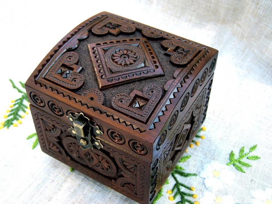 Mariage - Ring bearer box Wedding ring box Wedding jewelry box Ring bearer wedding box Wedding ring holder Wedding wood box Ring bearer pillow box B45