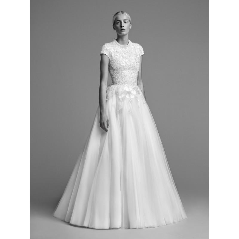 Hochzeit - Viktor&Rolf Fall/Winter 2018 Ball Gown Cap Sleeves Tulle Beading Floor-Length Scoop Neck Vogue Ivory Wedding Dress - Bridesmaid Dress Online Shop