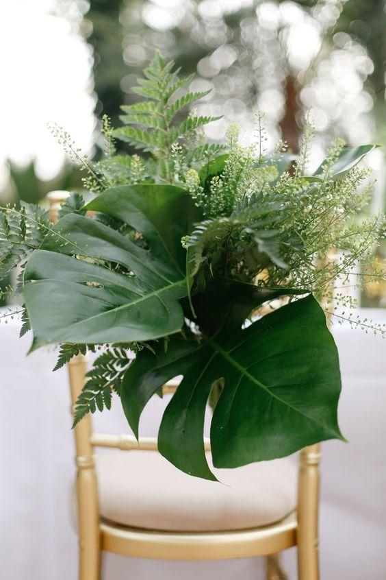 Wedding - 2018 Trend: Tropical Leaf Greenery Wedding Decor Ideas