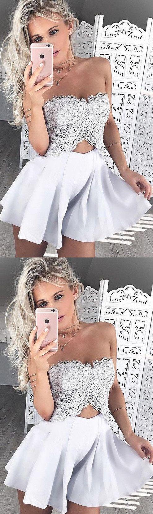 Mariage - Custom Made Beaded/Beading White Homecoming Party Dresses Nice Short Sweetheart Sleeveless Backless Dresses WF02G58-382