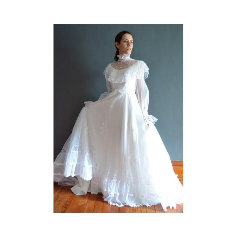 Wedding - Blake / 70s wedding dress / 1970s wedding dress - Hand-made Beautiful Dresses