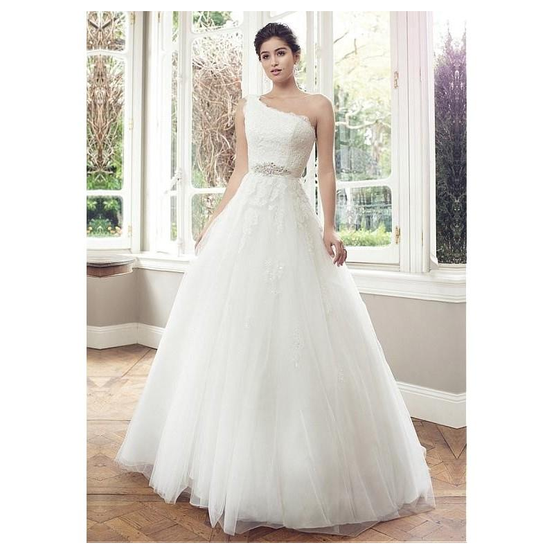 Mariage - Charming Tulle A-line One Shoulder Neckline Natural Waistline Wedding Dress With Beaded Lace Appliques - overpinks.com