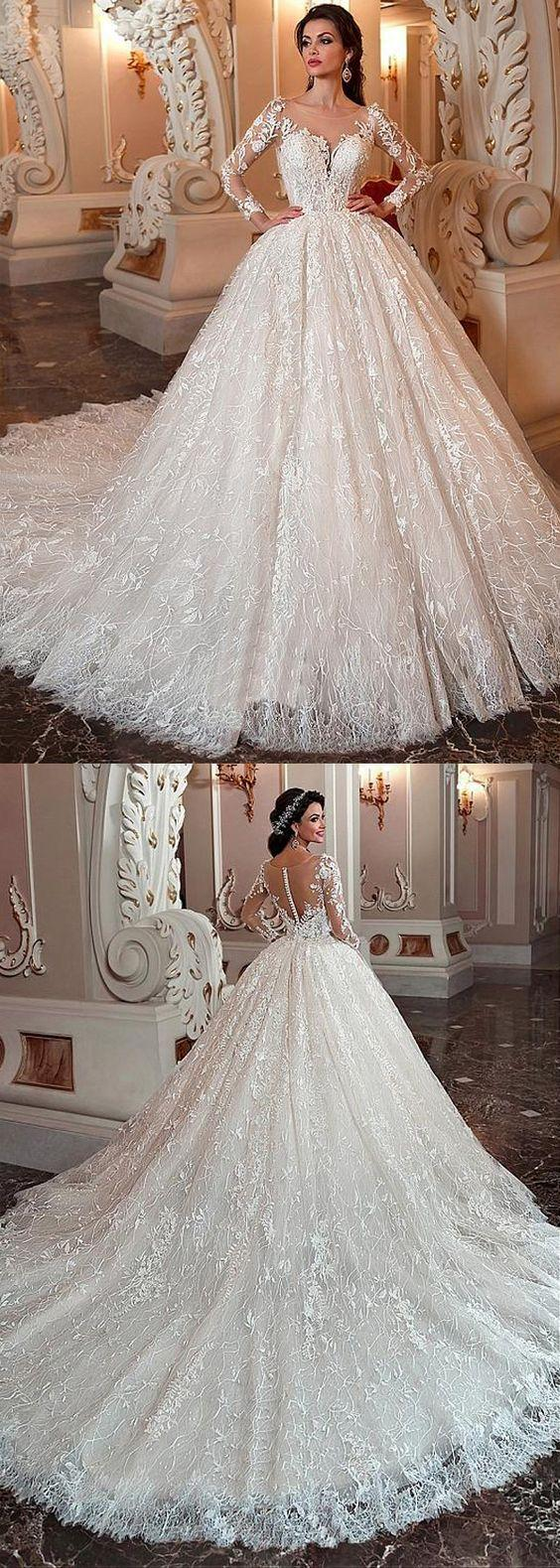 Mariage - Marvelous Lace & Tulle Scoop Neckline Ball Gown Wedding Dress With Lace Appliques & Beadings