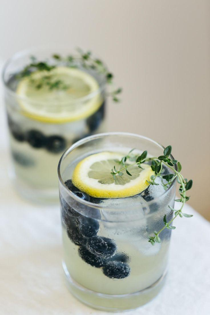 Boda - Limoncello Prosecco With Blueberries And Thyme