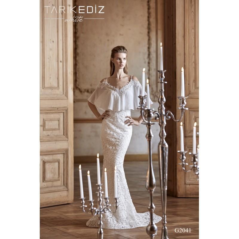 Свадьба - Tarik Ediz 2017 G2041 Sweep Train Ivory Elegant Spaghetti Straps Batwing Sleeves Sheath Lace Appliques Bridal Dress - 2018 Unique Wedding Shop