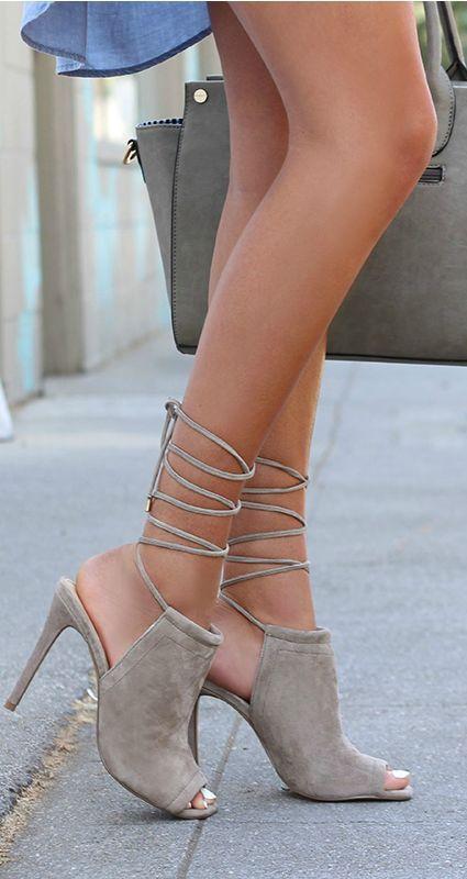 Hochzeit - Shoes Shoes Shoes!